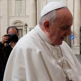 Il Papa:  i sacramenti  anche ai marziani