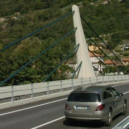 Mantello, lavori al ponte, disagi per il traffico