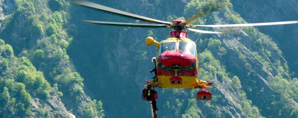 Soccorso alpino in azione per escursionisti in difficoltà