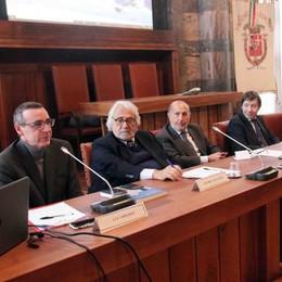 """Custodire e proteggere Gli """"angeli"""" del Papa presentati agli studenti"""