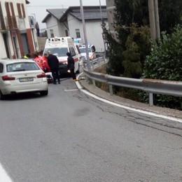 Scontro auto-moto: tre feriti a Rasura