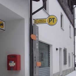 Disguidi postali, presentata la petizione  L'azienda replica: «Ora è tutto a posto»