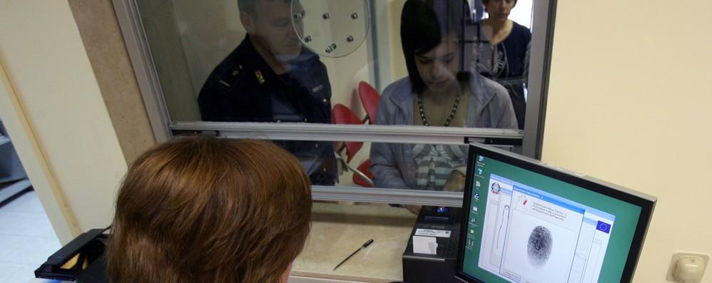 Terrorismo: Ue per impronte digitali su carta identità