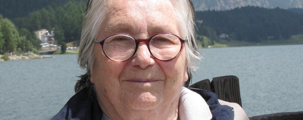 """A Grosio l'addio a """"Mezzacica"""", maestra simbolo dell'emancipazione femminile"""