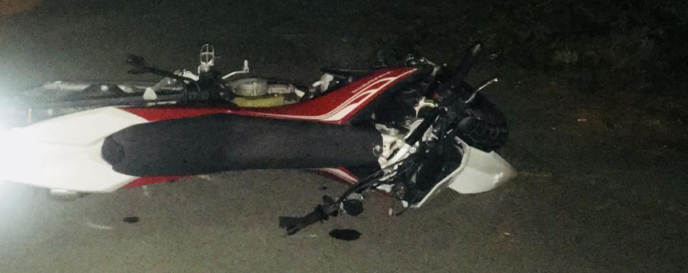 Morbegno, scontro con un'auto: motociclista ferito