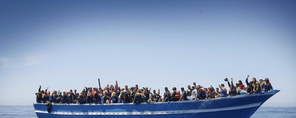 Migranti: Frontex, -80% arrivi in Italia nel 2018