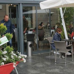 Che bello il giardino in piazza Garibaldi  Nonostante la pioggia