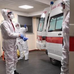 Cinque vittime, casi saliti a 104  Al Morelli 200 posti letto per le cure