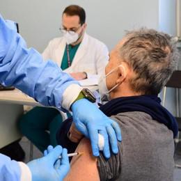 """In provincia di Sondrio  in 1200 """"cedono"""" al vaccino"""