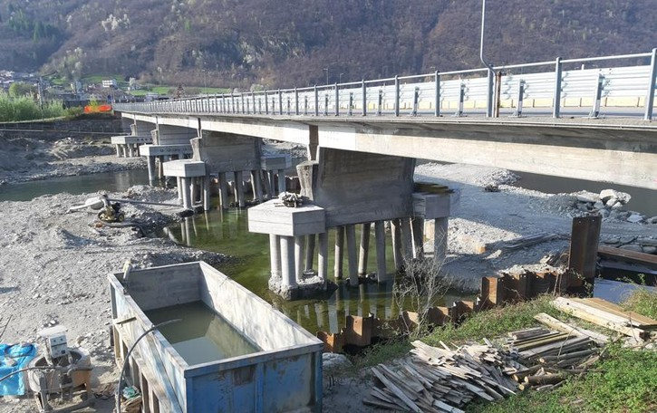 Traona, l'attesa è finita  Il ponte verrà riaperto