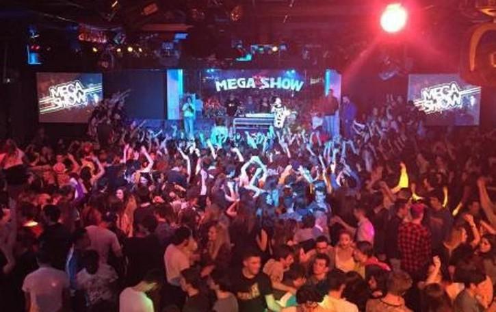 Si torna in discoteca  Dopo venti mesi  riapre il Megashow